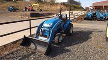 2015 LS XJ2025H Tractors