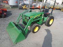 1998 JOHN DEERE 4100 Tractors