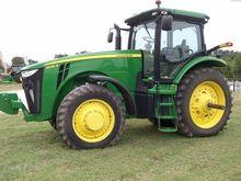 2013 JOHN DEERE 8235R Tractors