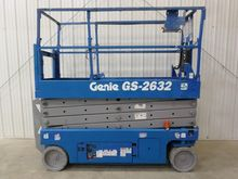 2007 GENIE GS2632 Scissor lifts