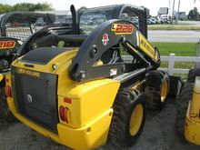 2016 New Holland C232 Compact t