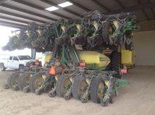 2014 John Deere DR24 Planters