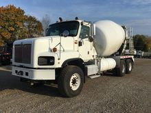 2003 International 5600i Mixers