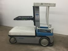 1999 Crown WAV50-84 Forklifts
