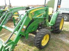 2014 John Deere 4105 Tractors
