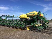 John Deere DB90 Planters