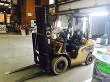 2004 CATERPILLAR P5000 Forklift