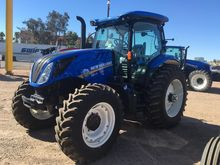 NEW HOLLAND T6.175 Tractors