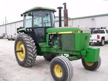 1992 JOHN DEERE 4455 Row crop h