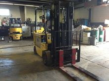 Used 2000 Hyster E08