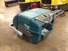 2014 Tennant S10 SWEEPER Sweepe