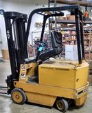 1988 Caterpillar MC30 Forklifts