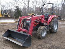 2015 MAHINDRA 5010 Tractors