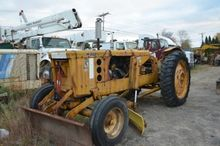 1979 JOHN DEERE 480-B Rough ter