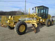 Used 2002 HOLLAND RG