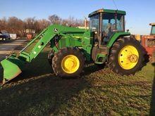 1998 JOHN DEERE 7810 Tractors