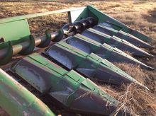 John Deere 643 Row crop headers