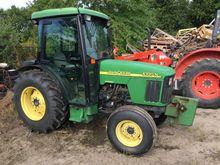 2003 John Deere 5320 Tractors