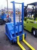 BLUE GIANT Walkie Stacker Stack