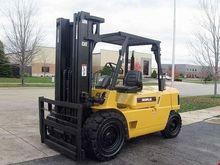 2000 CATERPILLAR DP45 Forklifts