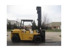 2001 CATERPILLAR DP70 Forklifts