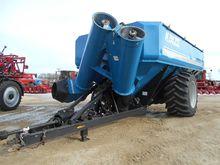 2012 KINZE 1300 Grain carts