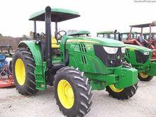 2015 JOHN DEERE 6125M Tractors