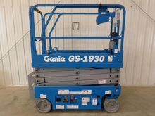 2016 GENIE GS1930 Scissor lifts