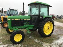 1991 JOHN DEERE 2355 Tractors