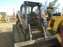 2014 NEW HOLLAND C238 Skid stee