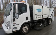 2010 TYMCO 435 Sweeper