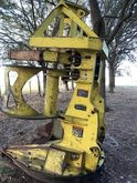 2014 DEERE Attachment Feller bu