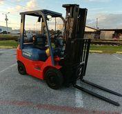 2000 Toyota 42-6FGCU15 Forklift
