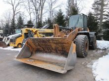 2011 CASE 821E XR Loaders