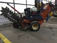 2008 DITCH WITCH 1030 Trenchers