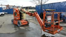 2010 JLG E300AJP Articulated bo