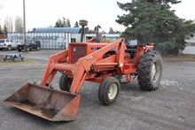 1980 ALLIS-CHALMERS 185 Tractor