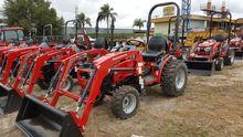2017 MAHINDRA MAX 26XL Tractors