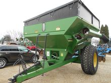 BRENT 770 Grain carts