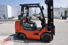 TOYOTA 7FGCU32 Forklifts