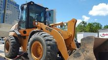 2010 Case 621E Loaders