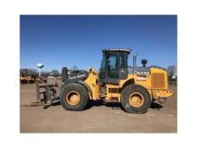 2009 DEERE 624K Loaders