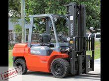 2012 TOYOTA 7FDKU40 Forklifts