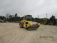 2013 BOMAG BW213D-4 Smooth drum