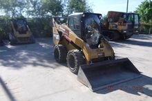 2014 CATERPILLAR 272D Skid stee