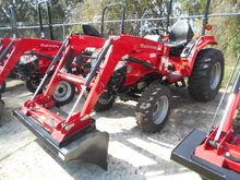 MAHINDRA 1526 SHUTTLE Tractors