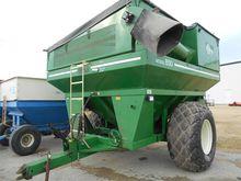 E-Z TRAIL 850 Grain carts