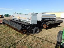 2013 CRUST BUSTER 4740 AP Drill