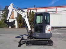 2011 BOBCAT E32 Excavators