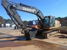 2010 JOHN DEERE 200D Excavators